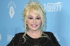 Dolly Parton On Struggling With Her Weight: 'I'm a Hog At Heart'