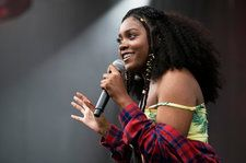 Noname Delivers Cerebral Wordplay in 'Room 25' Medley On 'Colbert': Watch