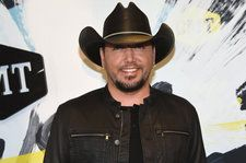 Jason Aldean's 'Drowns The Whiskey,' Featuring Miranda Lambert, Tops Country Airplay