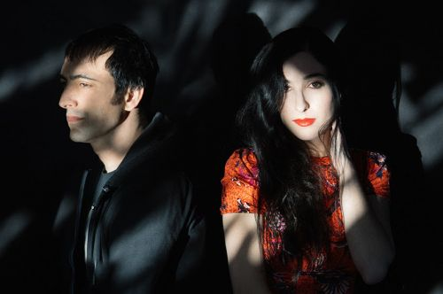 """Marissa Nadler & Stephen Brodsky - """"In The Air Tonight"""" & """"More Than Words"""""""