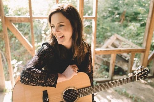 Lori McKenna Shows Her Roots on 'The Tree'