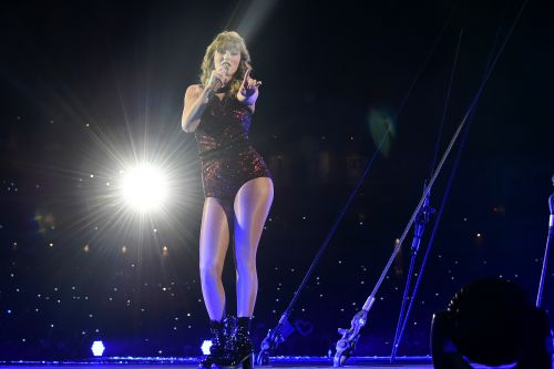 Watch Taylor Swift's Surprise Performance At Jack Antonoff's Ally Coalition Benefit