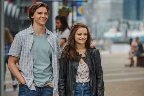 The Kissing Booth 2 Is a Fun Sequel, but There's Plenty to Consider Before Watching With Your Tweens