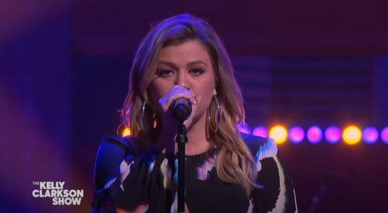 Watch Kelly Clarkson Cover Tegan And Sara