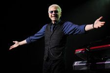 Former Styx Singer Dennis DeYoung Says Decision to Play 'Mr. Roboto' Again Was Driven by Tour Promoters, Band Denies Claim