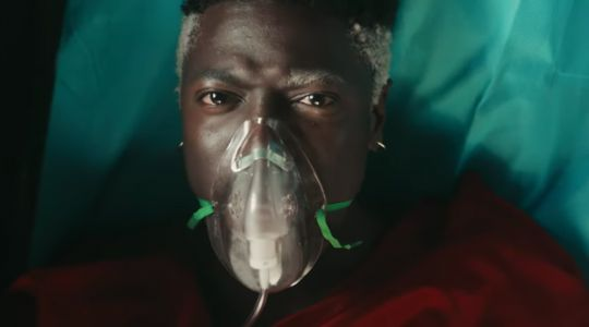 "Every Frame Of Moses Sumney's ""Cut Me"" Video Is Stunning"