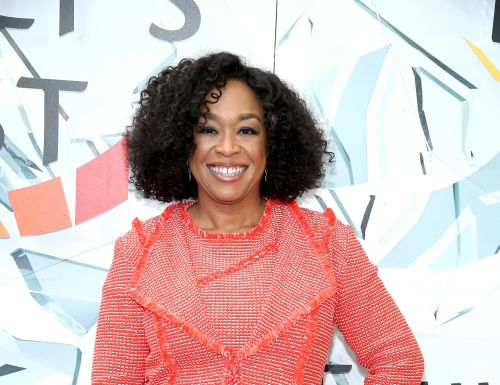 """Shonda Rhimes on Raising Her Kids in the Age of Instagram: """"Looking Different Should Be a Badge of Honor"""""""