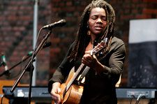 Tracy Chapman Is Suing Nicki Minaj for Sampling Her Song Without Permission