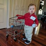 Bachelor Nation: Your Kids Should Have No Choice but to Be Grocery Store Joe For Halloween