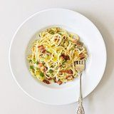 Fast and Easy Dinner: Pasta Carbonara With Leeks and Sun-Dried Tomatoes