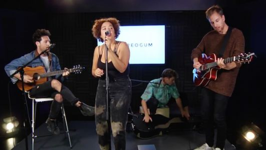 Watch Weaves' Stripped-Down Stereogum Session