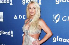 Britney Spears Shows Off Her Yoga Moves On Tour: Watch