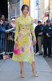 Fans Lined Up to See Priyanka Chopra, Because She's Prettyyy Hard to Miss in This Outfit