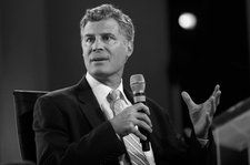 Alan Krueger, Ex-Obama Aide and Economist Who Studied the Music Industry, Dies at 58