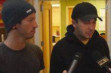Twenty One Pilots Surprise Teens in Hospital With Intimate Performance: Watch