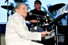 Jerry Lee Lewis Cancels Shows While Recovering From a Stroke