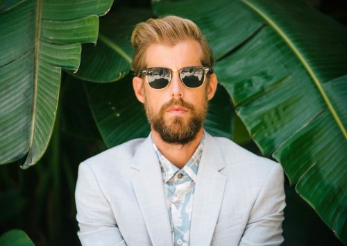 """Andrew McMahon in the Wilderness Heads Out on a """"Blue Vacation"""""""