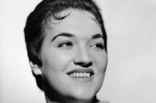 Morgana King, Jazz Singer and Brando's Wife in 'The Godfather,' Dies at 87