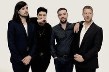 Mumford & Sons Shine 'Guiding Light' at No. 1 on Alternative Songs Chart