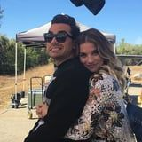 These Behind-the-Scenes Photos of the Schitt's Creek Cast Have Me Weeping Like a Bébé