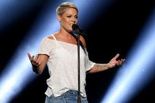 P!nk Postpones Detroit Show Due to Illness: 'I'm Very, Very Sorry'