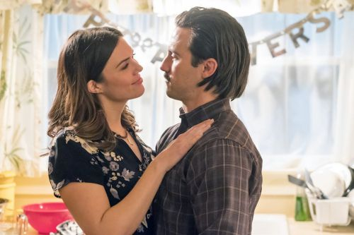 This Is Us: Here's the Sweet, Sentimental Song Rebecca Sings to Jack in the Season 2 Finale