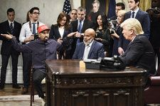 Alec Baldwin Returns to 'SNL' as Donald Trump to Parody Kanye West Meeting