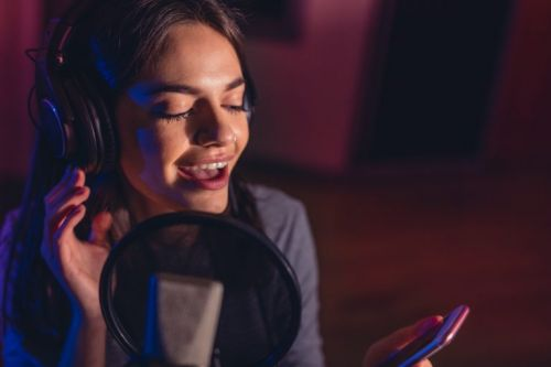 3 Essentials of Holistic Vocal Technique to Improve Your Voice Right Now