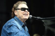Ronnie Milsap Pairs With Dolly Parton, Jason Aldean, Kacey Musgraves for 'The Duets': Hear 'Houston Solution' With George Strait
