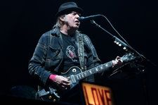 Neil Young Takes Serious Issue With Sponsor of Hyde Park Gig with Bob Dylan