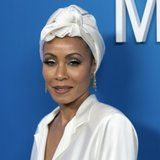 """Jada Pinkett Smith on Hair Loss: """"When My Hair Is Wrapped, I Feel Like a Queen"""""""