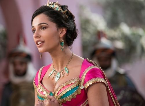 Aladdin: Naomi Scott Is an Amazing Jasmine, but Is That Really Her Singing?
