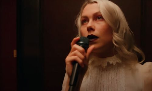 "Watch Phoebe Bridgers' Extremely Cool Single-Take ""I Know The End"" Performance On Seth Meyers"