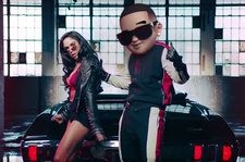 Daddy Yankee & Snow Praise a Girl's Dance Moves in 'Con Calma' Lyric Translation