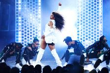 Ciara Performs 'Level Up' During 'Monday Night Football' Halftime Show: Watch