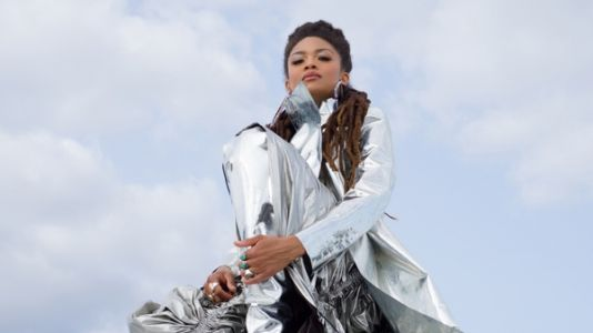 Through Music And Poetry, Valerie June Writes For Dreamers