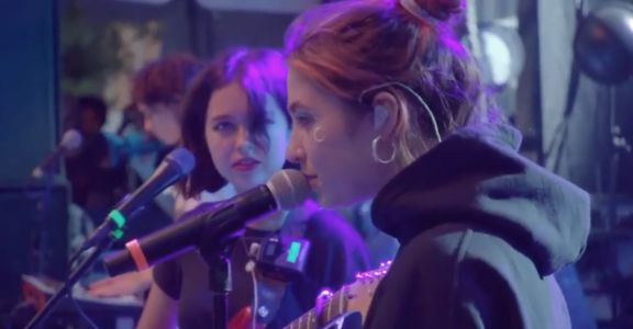 Watch Clairo Join Snail Mail At Pitchfork Music Festival