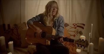 'Gold' Ellie Holcomb Featuring Carly Bannister