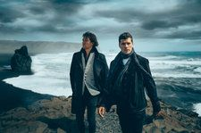 For King & Country's 'Drummer Boy' Snares No. 1 After 'CMA Country Christmas'