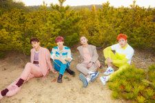 SHINee Score Rare Double Appearance on World Albums Chart