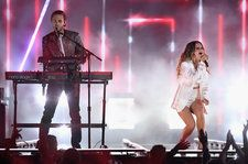 Zedd, Maren Morris & Grey Debut Live Performance of 'The Middle' at the 2018 Billboard Music Awards