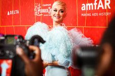 Katy Perry Debuts Long Blonde Locks Alongside 'Con Calma' Collab With Daddy Yankee
