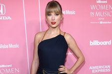 Taylor Swift Throws Epic Holiday Themed Birthday Party