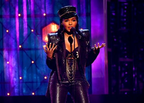 """Janelle Monáe on Coming Out: """"I Was Terrified"""""""