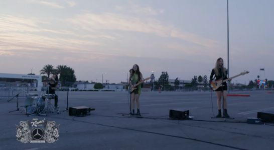 """Watch Haim Play A Terrific """"Gasoline"""" In The Forum Parking Lot For Kimmel"""