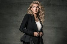Chart Beat Podcast: Special Guest Tori Kelly on New Album, 'Hiding Place,' Plus Drake & Eminem Chart Chat