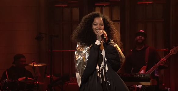 "Watch Ella Mai Perform ""Boo'd Up"" and ""Trip"" on ""SNL"""
