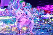 J Balvin Sets the Mood With 'Vibras' & 'Ambiente' at 2018 Latin Grammys