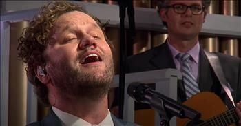 'In The Garden' David Phelps Performs Classic Hymn