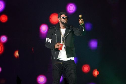 R. Kelly Indicted On 10 Counts Of Aggravated Criminal Sexual Abuse